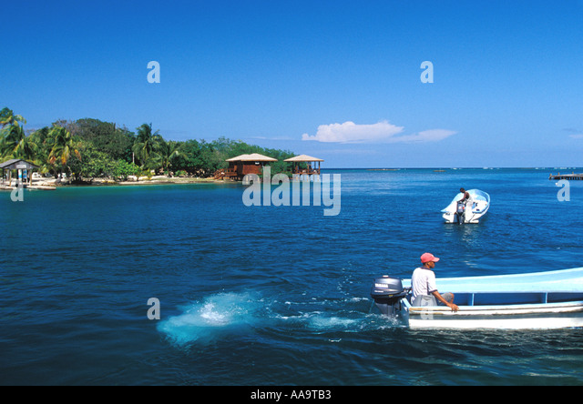Honduras Bay Islands Roatan Fishing boats at Anthony s Key - Stock Image