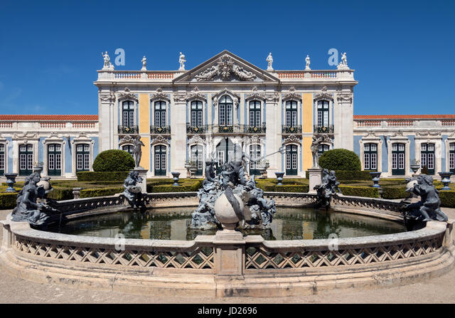 The National Palace of Queluz - Lisbon - Portugal. Neptunes Fountain and the Ceremonial Facade of the Corps de Logis - Stock Image