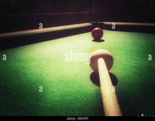 Playing snooker - Stock-Bilder