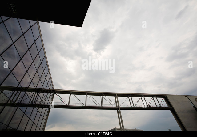 Germany, Berlin, pedestrian bridge to Paul-Loebe-Haus - Stock Image