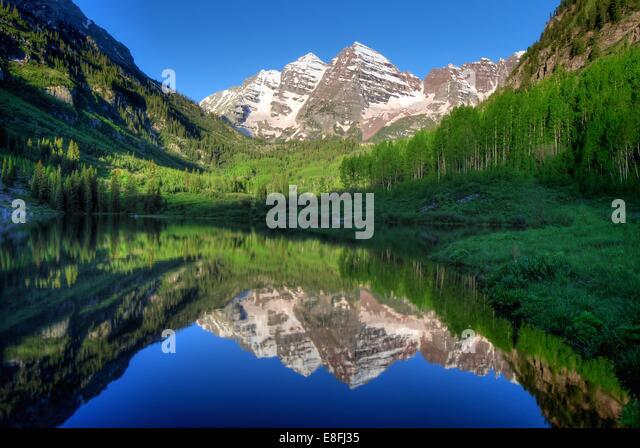 USA, Colorado, Aspen, Maroon Bells in morning - Stock Image