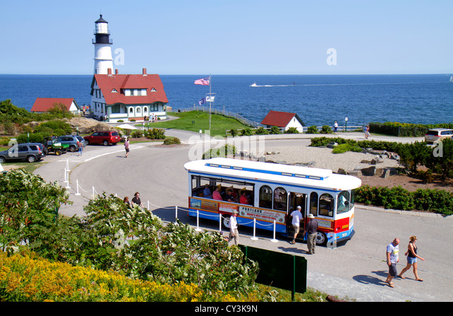 Maine Portland Cape Elizabeth Portland Head Light lighthouse Keeper's Quarters Fort Ft. Williams Park trolley - Stock Image