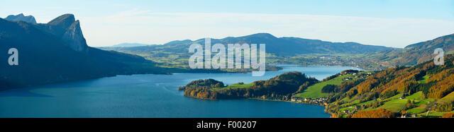 Mondsee at a sunny autumn day, Austria, Upper Austria - Stock Image