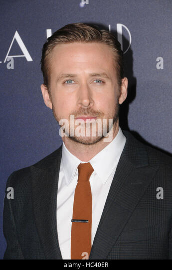 Los Angeles, California, USA. 6th Dec, 2016. Actor RYAN GOSLING at the LALA Land Premiere held at the Village Theater, - Stock-Bilder