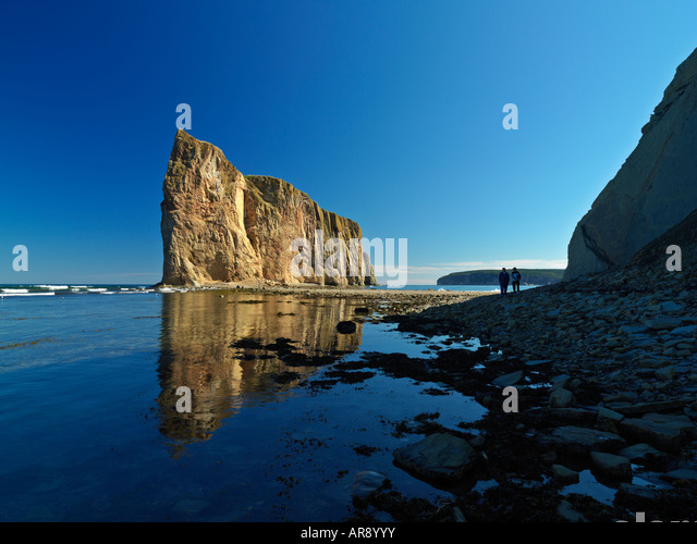 Canada Quebec Gaspesie Perce Perce Rock at low tide - Stock Image