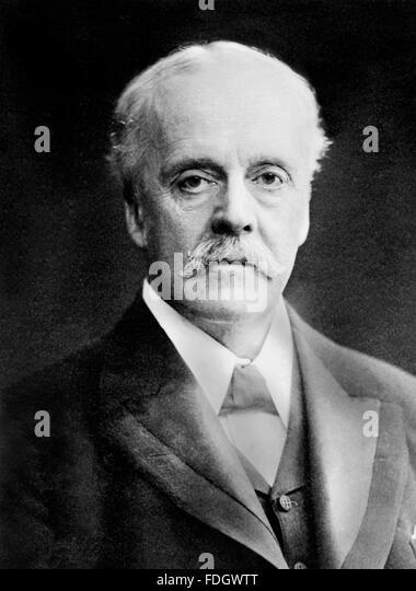 Arthur Balfour. Portrait of former British Prime Minister Lord Balfour c.1915, - Stock Image