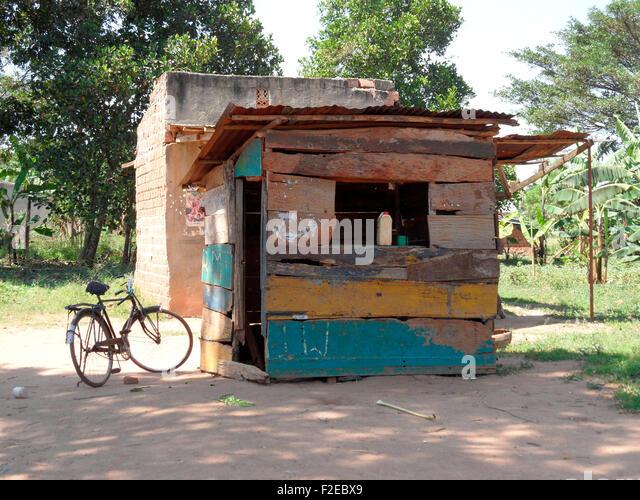 eine Tankstelle in Afrika, Uganda. - Stock Image