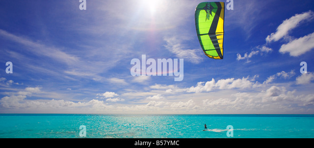 Kite surfing, Maldives, Indian Ocean, Asia - Stock Image