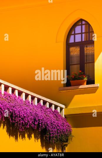 Hotel terrace, Sultanahmet, Istanbul, Turkey - Stock Image