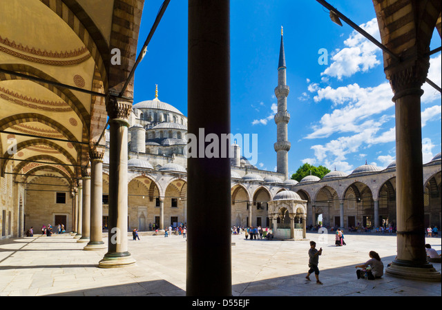 The Blue Mosque (Sultan Ahmet Camii), Sultanahmet, central Istanbul, Turkey - Stock Image