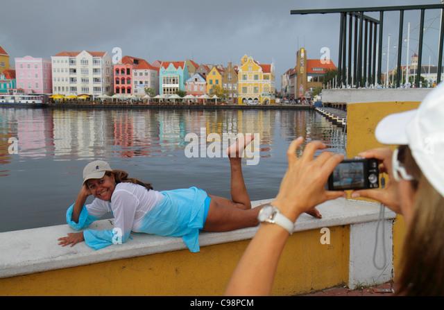 Curaçao Netherlands Antilles Dutch Willemstad Otrobanda Punda St. Sint Anna Bay Handelskade waterfront UNESCO - Stock Image
