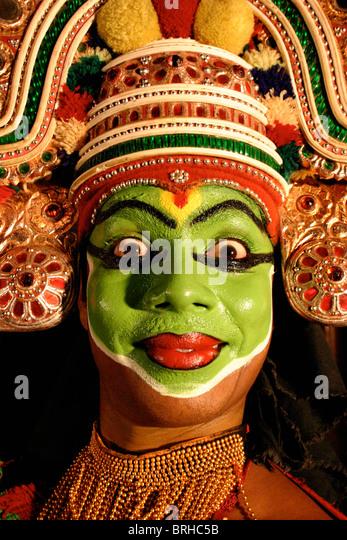 A Kathakali dancer in Kerala, South India - Stock-Bilder