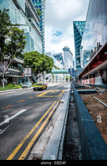 Modern buildings architecture in the commercial area of Singapore - Stock-Bilder