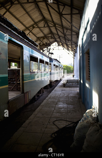 Train pulled up at station - Stock Image