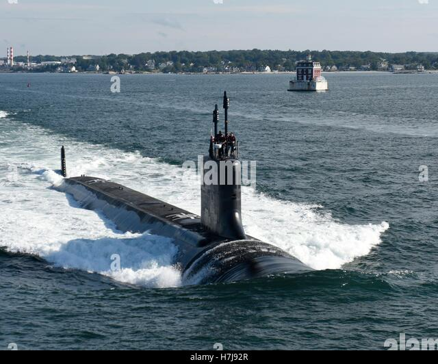 The USN Virginia-class attack submarine USS Illinois conducts sea trials August 1, 2016 in Groton, Connecticut. - Stock Image