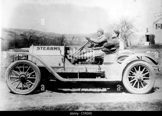 Briarcliff Auto Race - F.W. Leland in his auto 'Stearns' circa 1900 - Stock Image