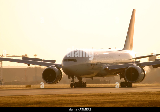 Japan Airlines - JAL Boeing 777-346/ER at London Heathrow Airport - Stock Image