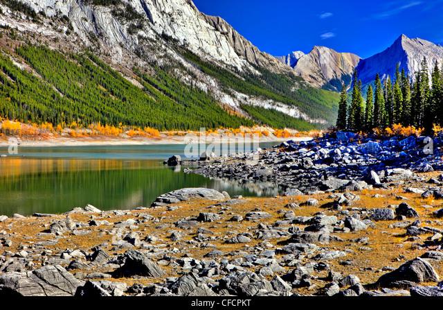 Medecine Lake, Jasper National Park. Alberta, Canada - Stock Image