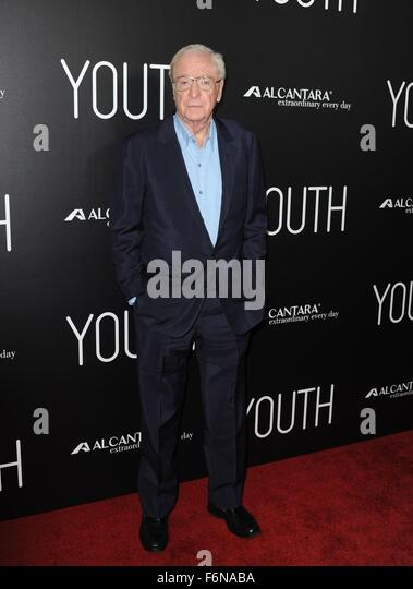 Los Angeles, CA, USA. 17th Nov, 2015. Michael Caine at arrivals for YOUTH Premiere, Directors Guild of America (DGA) - Stock Image