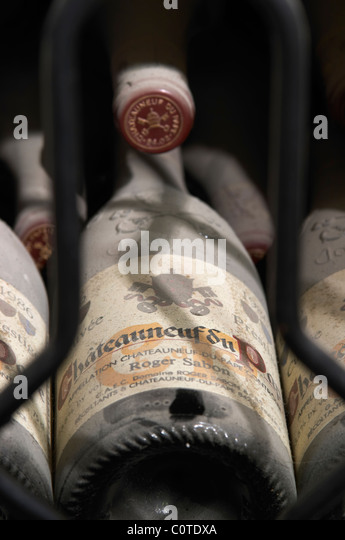 old bottles in the cellar 1986 cuvee prestige domaine roger sabon chateauneuf du pape rhone france - Stock Image