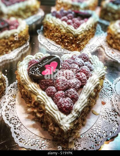 Valentine's Day cakes in a Swiss bakery - Stock-Bilder