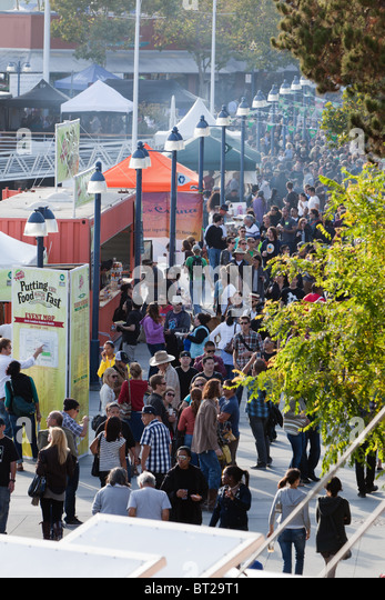 Overhead view of the annual Eat Real Food Festival in Oakland's Jack London Square. - Stock Image
