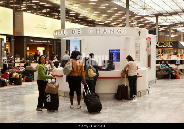 charles de gaulle airport stock photos charles de gaulle airport stock images alamy
