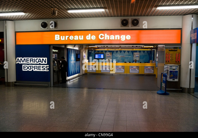 Bureu stock photos bureu stock images alamy - Gatwick airport bureau de change ...