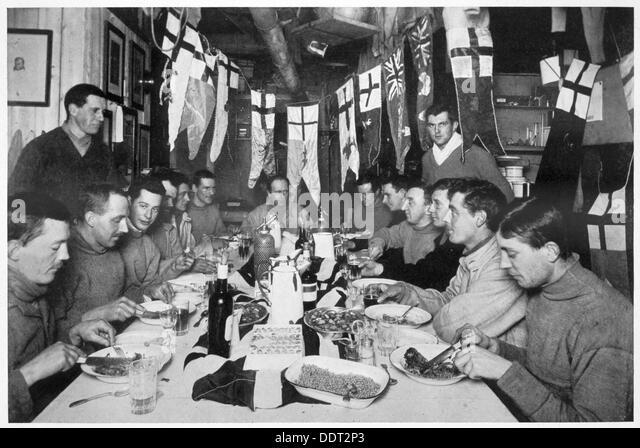 'Captain Scott's last Birthday Dinner', Antarctica, June 6th 1911. Artist: Herbert Ponting - Stock Image