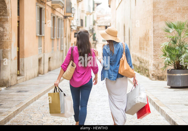 palma de mallorca spanish girl personals A girls guide to palma de mallorca share this: if you're in need of a girls weekend away, palma de mallorca could be the perfect place to choose palma is a laid back yet busy enough city.