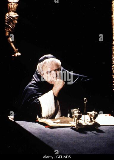 Tomas de Torquemada (Marlon Brando)  *** Local Caption *** 1992, Christopher Columbus - The Discovery, Christopher - Stock-Bilder
