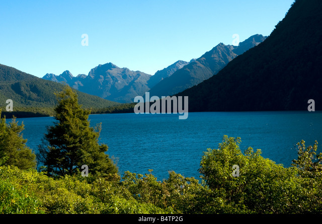 Lake Gunn, on the road to Milford Sound, Fjordland, South Island, New Zealand - Stock Image