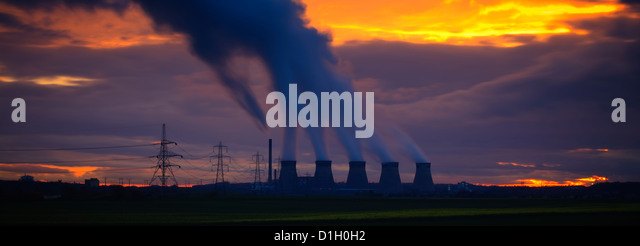 Ferrybridge Power Station Yorkshire England at sunset - Stock Image