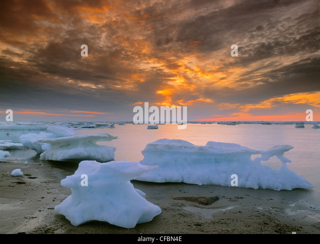Icebergs in Hudson's Bay, Churchill, Manitoba, Canada - Stock Image