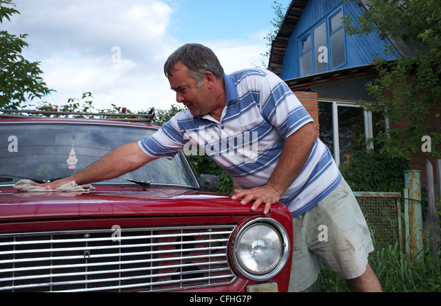 Omsk (Omck), Russia, 2011: everyday life at the Dacha - Stock-Bilder