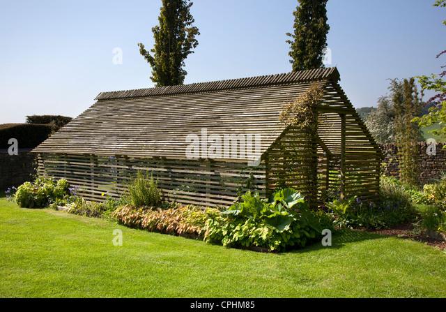 Shade loving stock photos shade loving stock images alamy - House plants that like shade ...