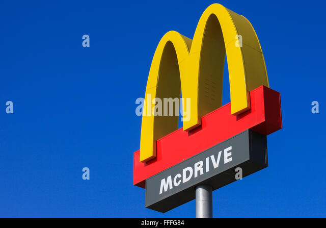 mcdonald's serving fast food Mcdonald's is a us based international fast food chain known globally for  it covers the globe more than any other fast food chain on the planet and is.