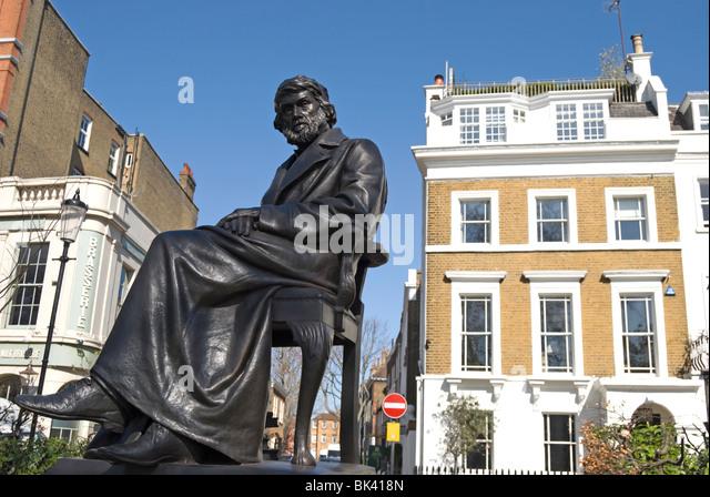 joseph boehm's statue of scottish historian and essayist thomas carlyle, in cheyne walk, chelsea, london, england - Stock-Bilder