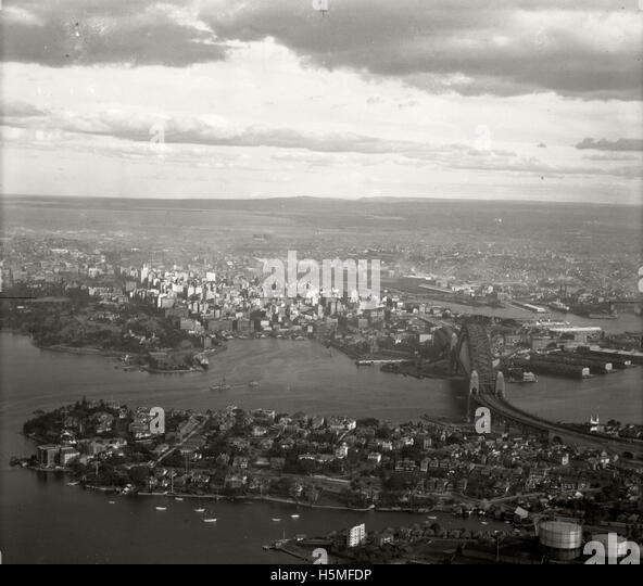 Kirribilli, Harbour Bridge & City - 15 June 1937 - Stock Image