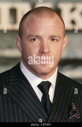 Ritchie, Guy, * 10.9.1968, British director, portrait, during German premiere of 'Sherlock Holmes', Cinestar, - Stock Image