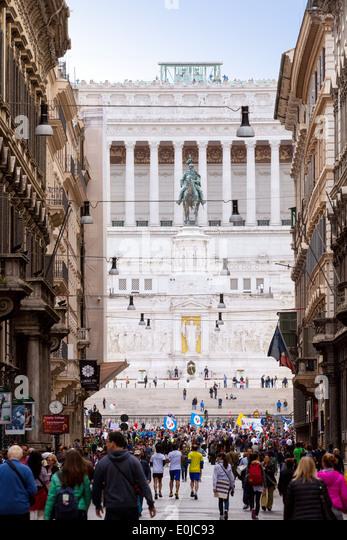 Rome city center, the view down the Via del Corso to the Vittorio Emanuele II Monument; Rome Italy Europe - Stock Image