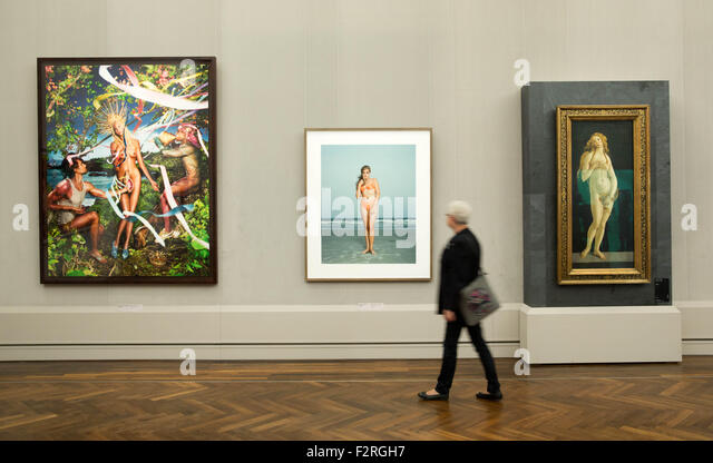 Berlin, Germany. 23rd Sep, 2015. The artworks 'Rebirth of Venus' (L-R) by David LaChapelle, 'Beach Portraits' - Stock Image