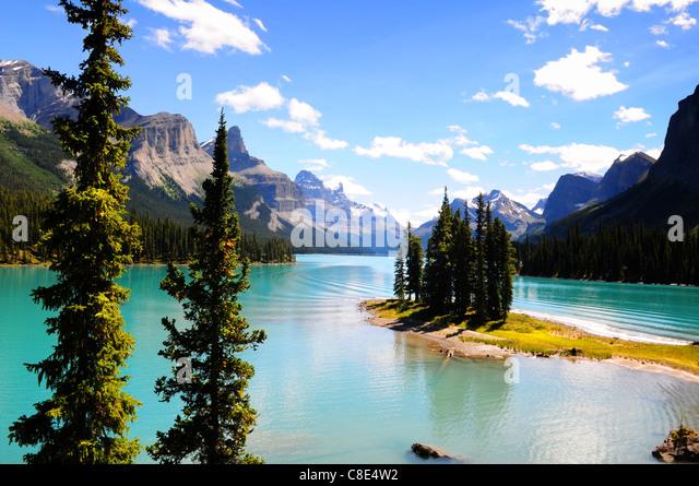 Spirit Island in Maligne Lake, Jasper, Canada - Stock Image