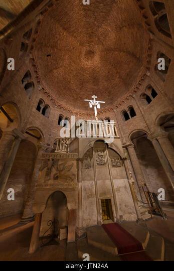 Basilica of Santo Stefano, Sette Chiese, Seven Churches, Bologna, Emilia-Romagna region, Italy - Stock Image
