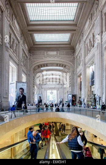 Central railway station, Stazione Centrale, Milan, Lombardy, Italy - Stock Image