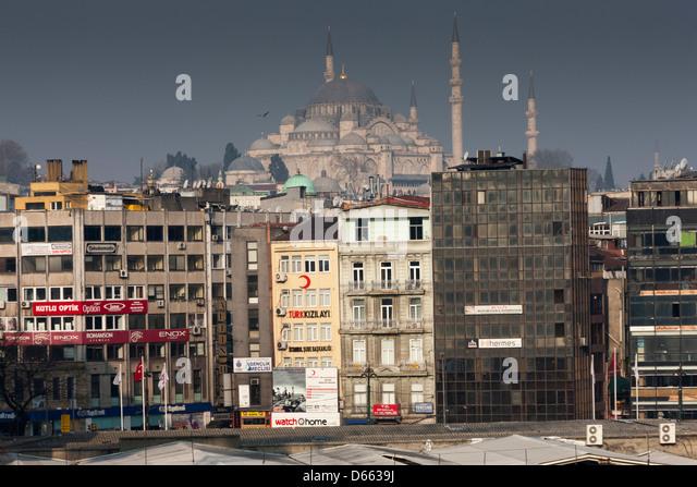 The Rüstem Pasha Mosque on the Istanbul skyline - Stock Image