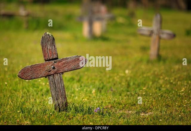 Old unmarked wooden cross from Busselton Pioneer Cemetery, Busselton, Western Australia, Australia - Stock-Bilder