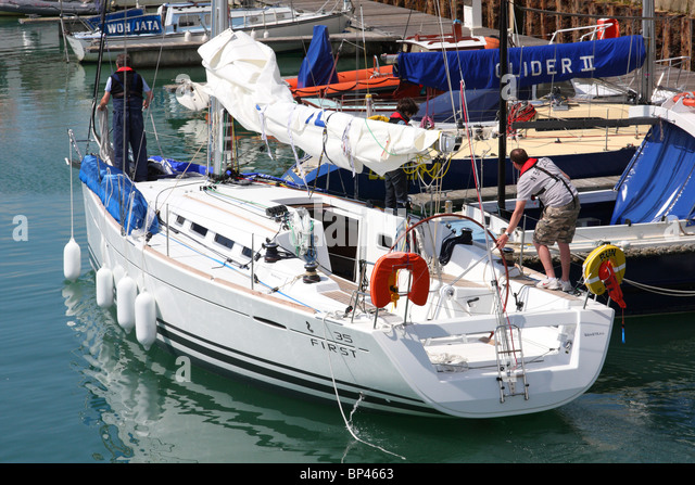 Brighton Marina Yacht Stock Photos Amp Brighton Marina Yacht Stock Images Alamy