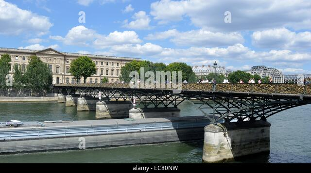 Photograph of the Pont des Arts Bridge - Stock-Bilder