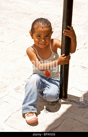 Young Mexican girl in the 19th century mining town of Mineral de Pozos, Guanajuato state, Mexico - Stock Image